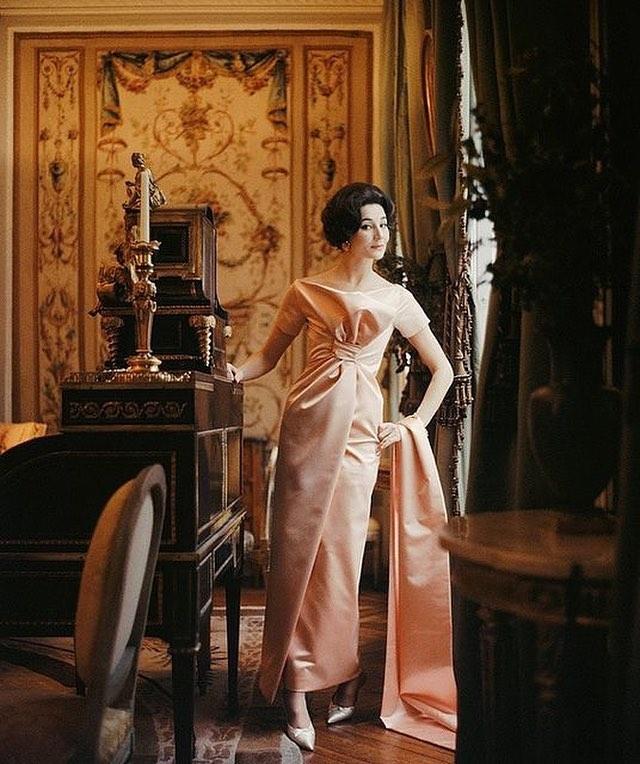 Vente Sotheby's, Paris : La collection du comte et de la comtesse de Ribes 57303610