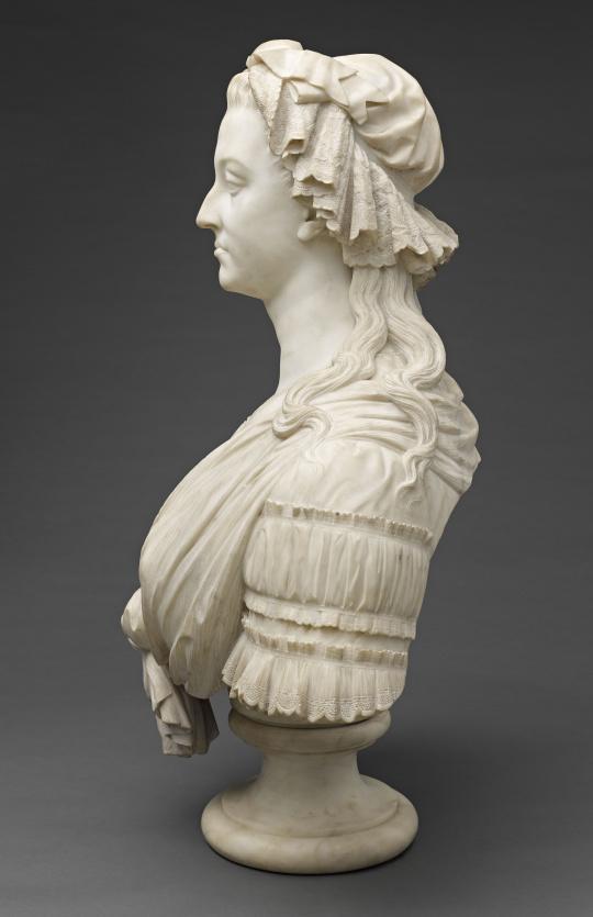 Bustes de Marie-Antoinette par la duchesse Castiglione-Colonna, Adèle d'Affry, dite Marcello 61827410