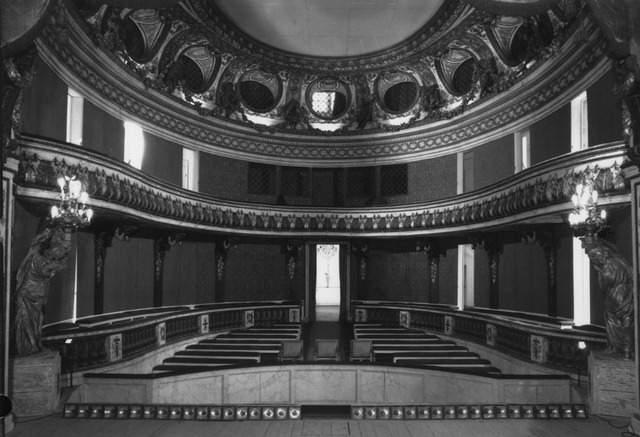 Le Théâtre de la reine (Trianon) : de la Révolution à la fin du XIXe siècle 66-00110