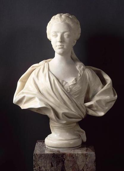 Buste de Mme Adélaïde, de Mme Clotilde, ou d'une inconnue (mais non pas de Marie-Antoinette) par Vavasseur ?  83742-10