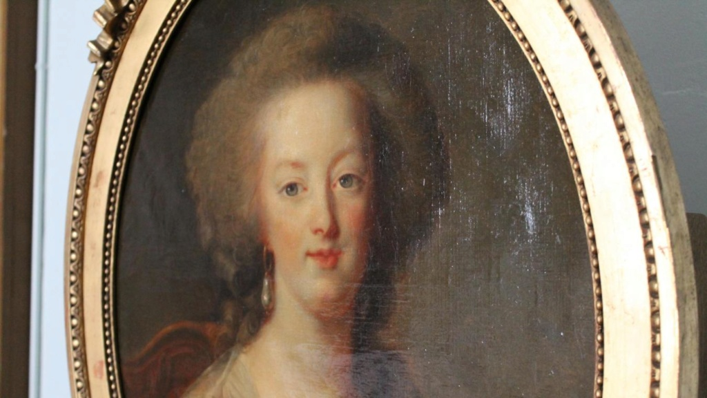 Exposition : L'élégance au féminin - Portraits de femmes du 18e siècle dans les collections du Musée Louis-Philippe. B9718810