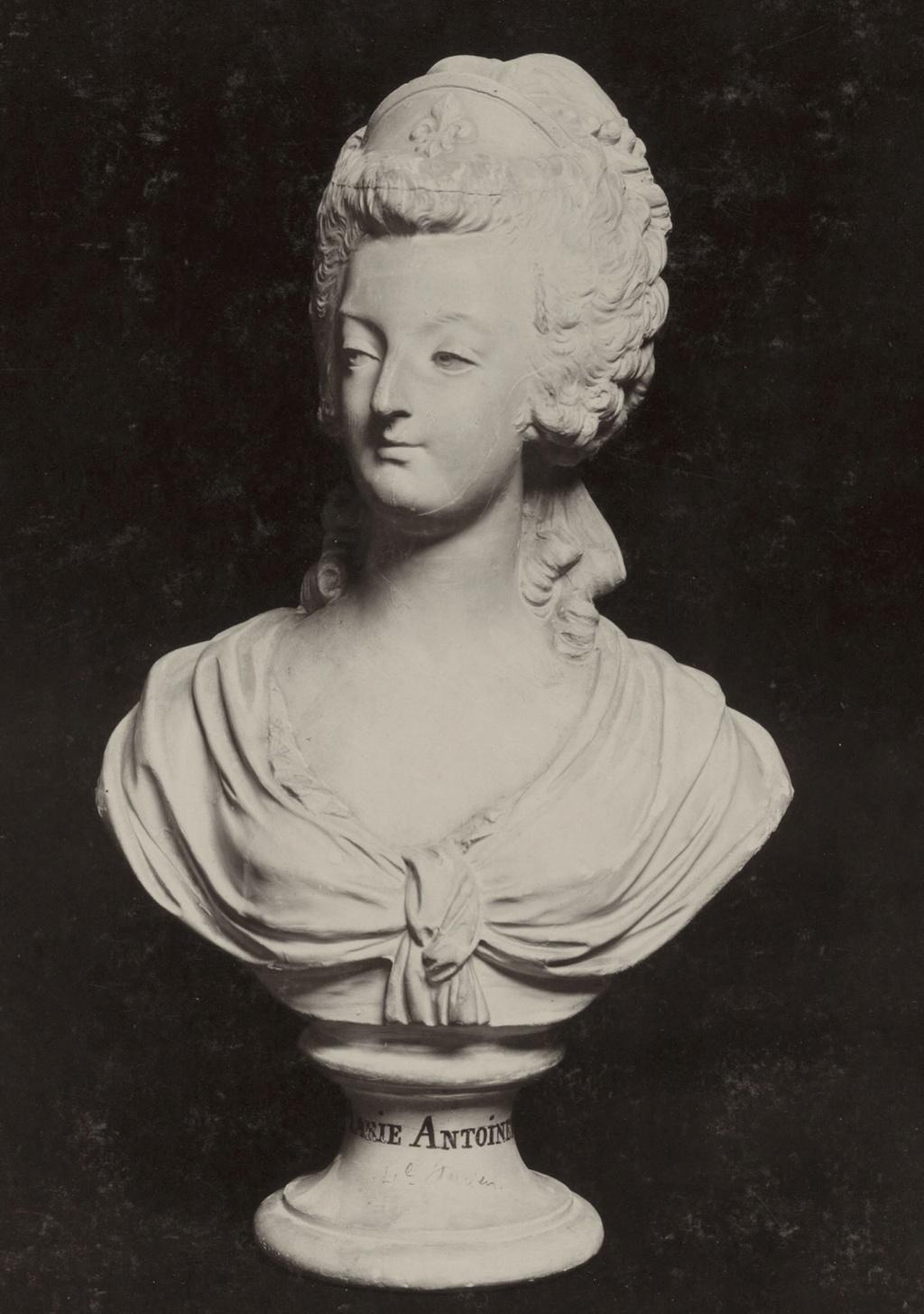 Buste de Marie-Antoinette d'après Brachard (Jean-Charles ou Jean-Nicolas) Bracha10