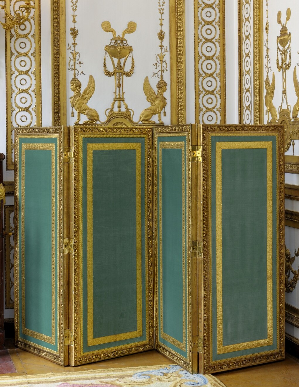 Le Cabinet doré de la Reine à Versailles Cabine13