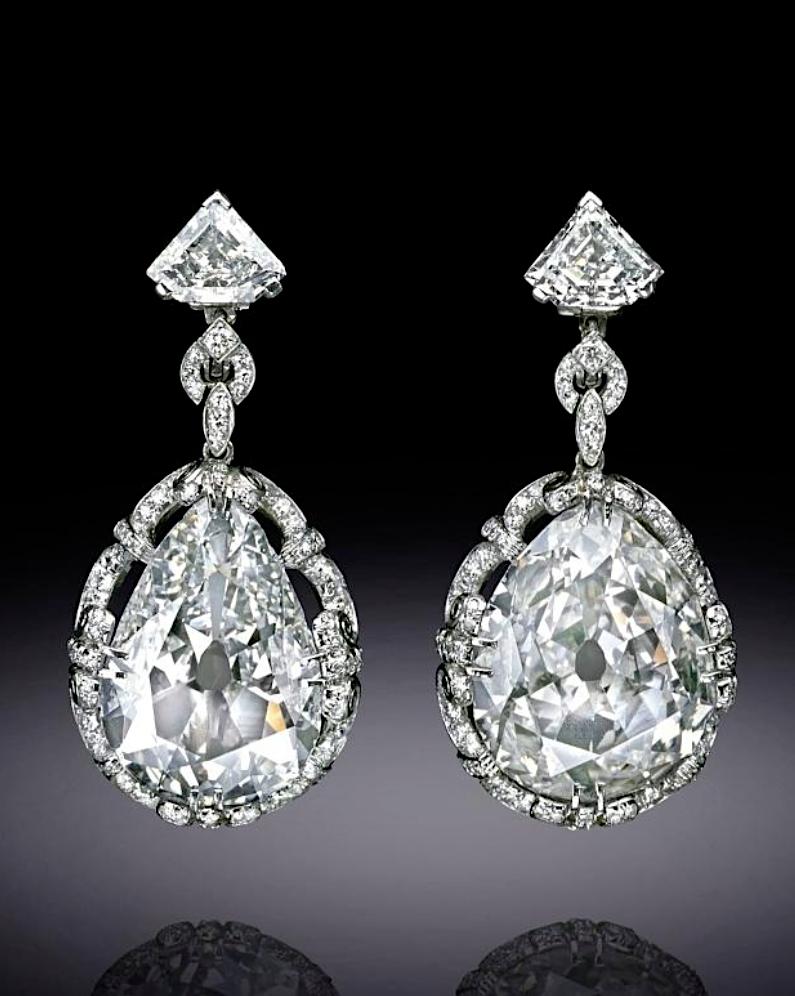 Bijoux de Marie-Antoinette : boucles d'oreilles et girandoles Capt1898