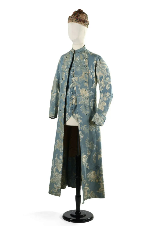 Manteau d'intérieur et robe de chambre pour les hommes au XVIIIe siècle - Page 2 Capt2132