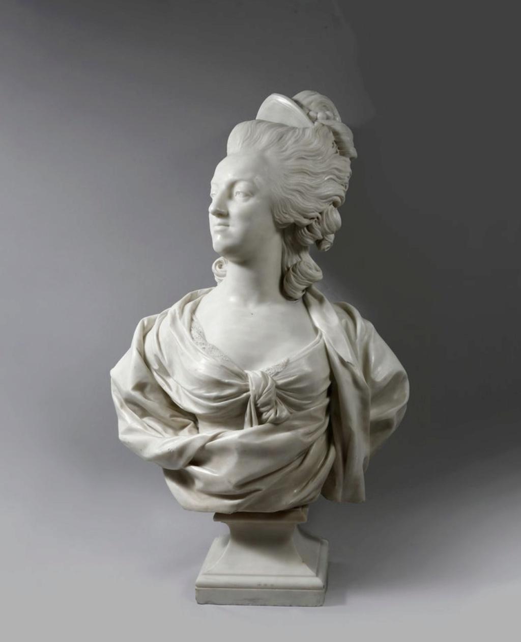 Marie Antoinette, par (et d'après) Louis-Simon Boizot - Page 3 Capt2518