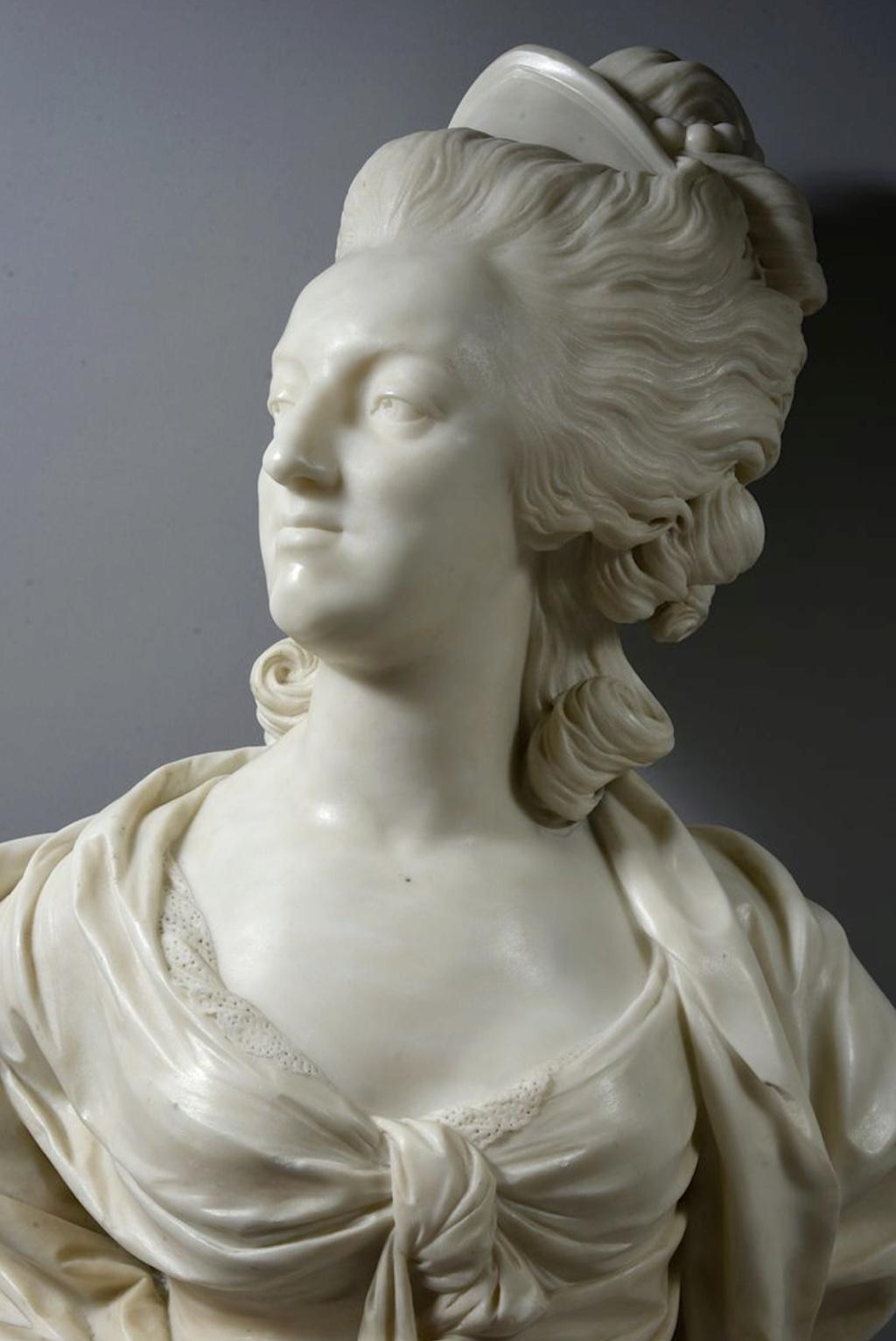 Marie Antoinette, par (et d'après) Louis-Simon Boizot - Page 3 Capt2519