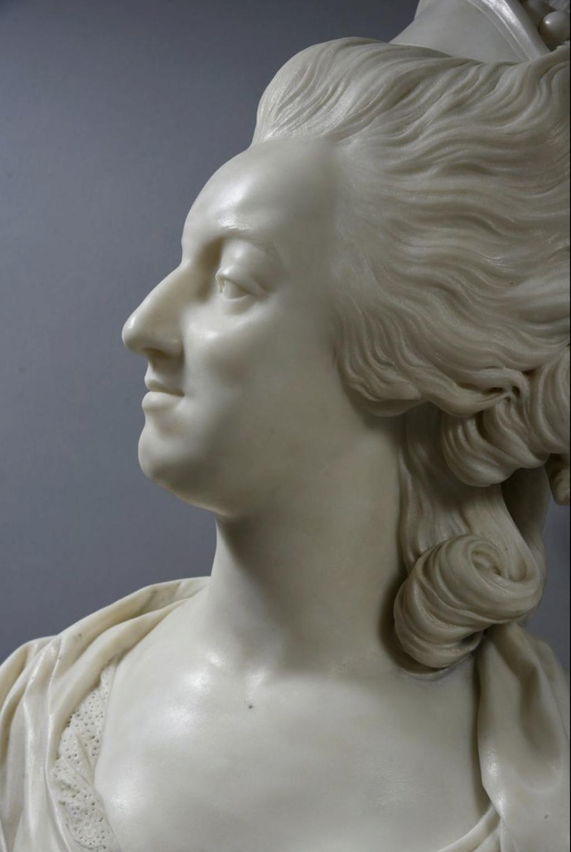 Marie Antoinette, par (et d'après) Louis-Simon Boizot - Page 3 Capt2520