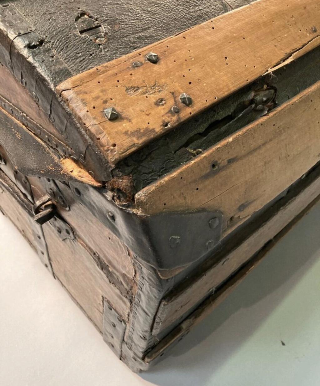 Malles et coffres de voyage de Marie-Antoinette Capt2638