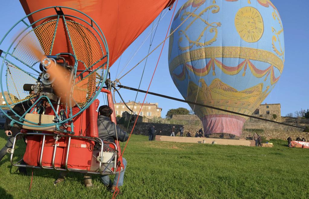 La conquête de l'espace au XVIIIe siècle, les premiers ballons et montgolfières !  - Page 8 Capt3057