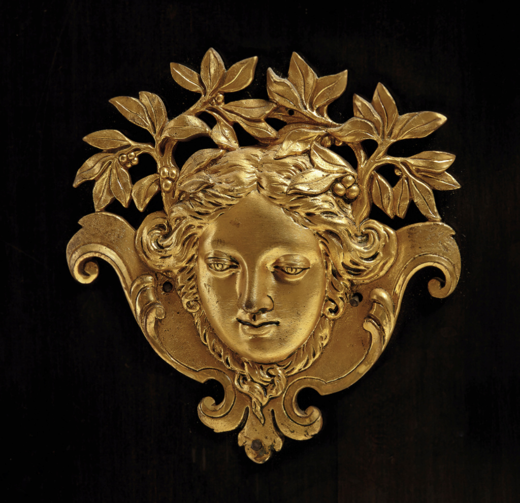 Le mobilier et le renouveau du « style Boulle » dans les années 1770-1780 : Etienne Levasseur et Adam Weisweiler Capt3082