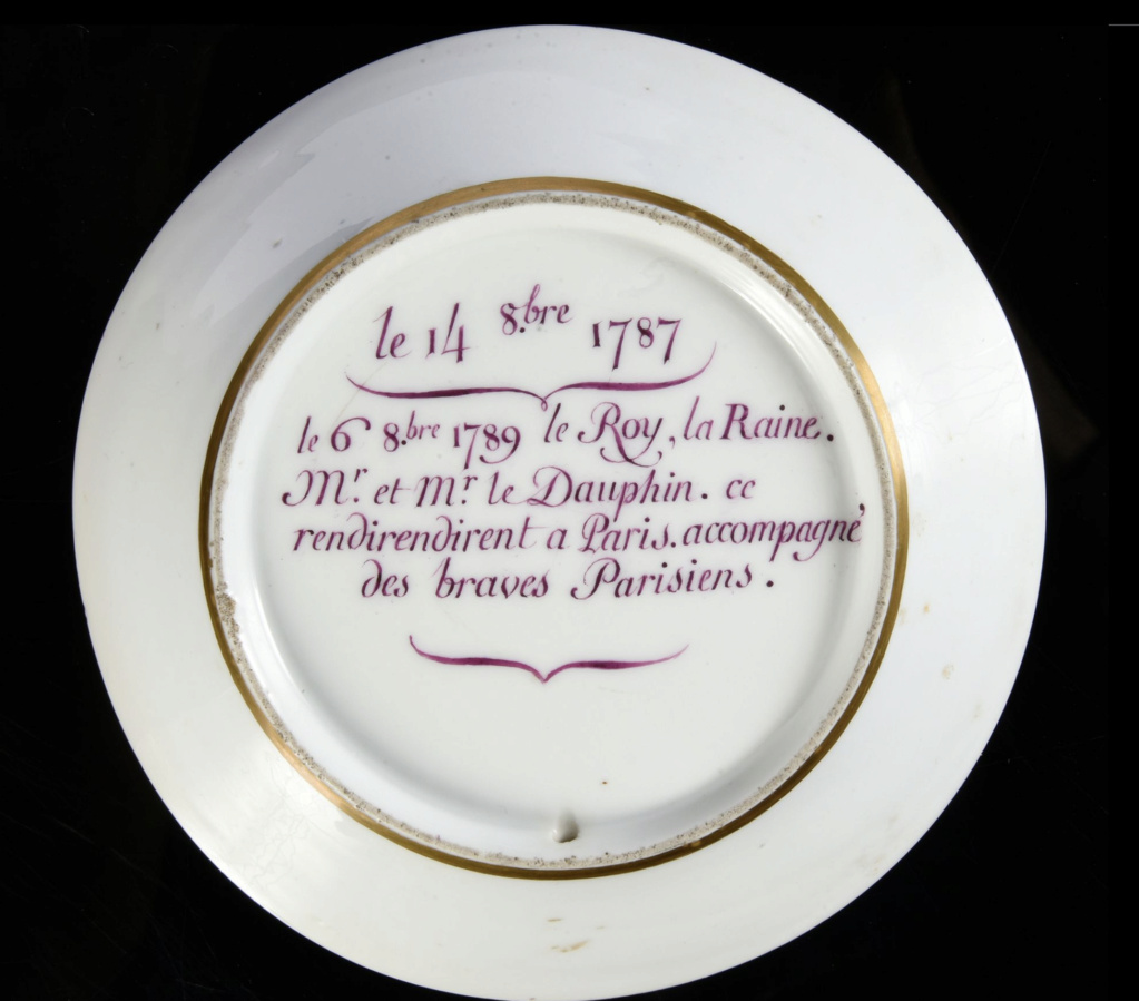 """Les services en porcelaine de Sèvres à décors """"révolutionnaires"""" (durant la Révolution française) Capt3094"""