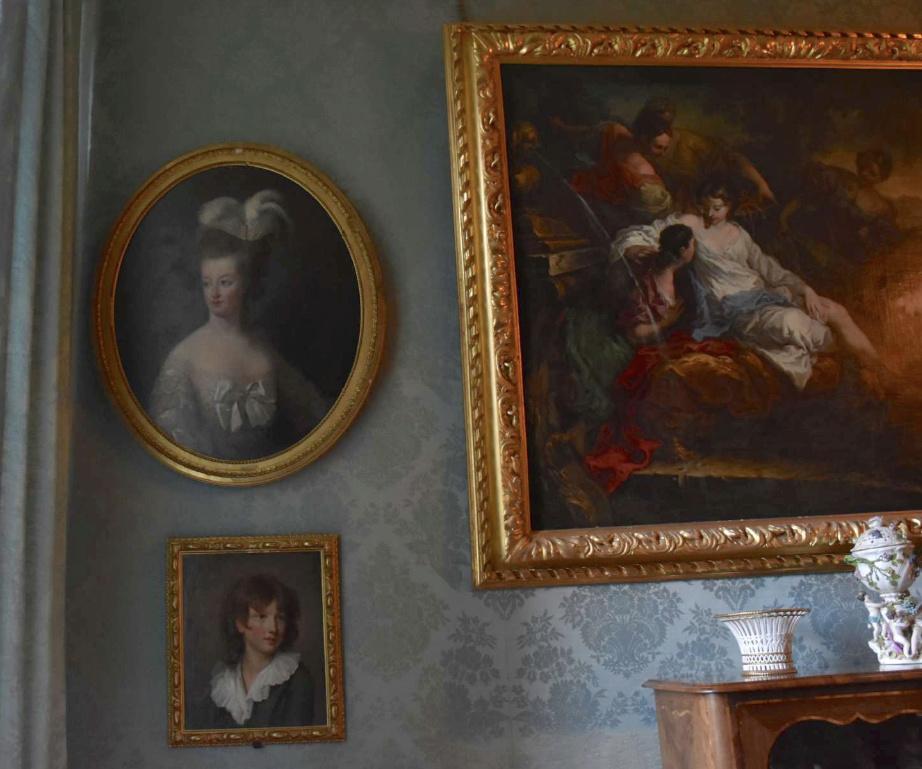Marie-Antoinette en buste par et d'après Mme Vigée-Lebrun (1778) Captu362