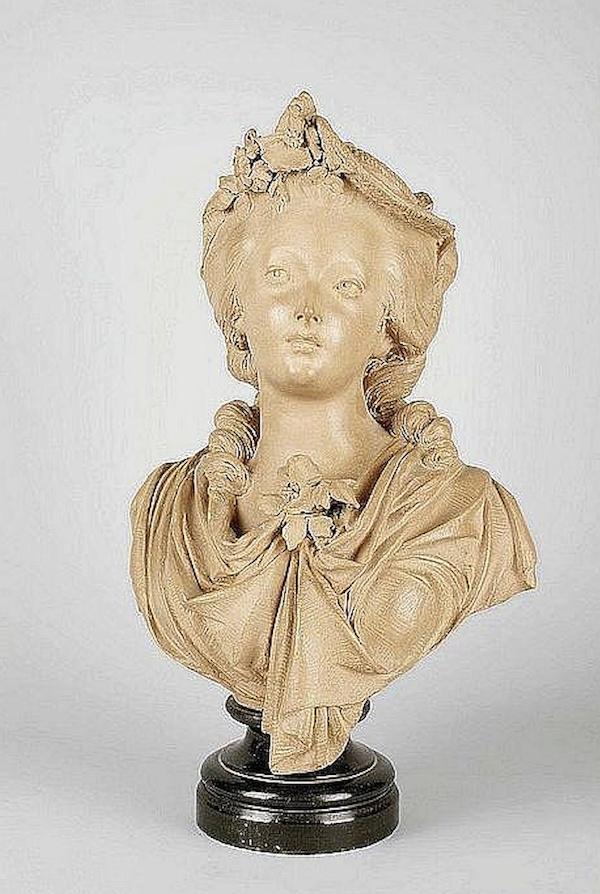 Sculpture : Les bustes de la princesse de Lamballe (présumée) Captu472