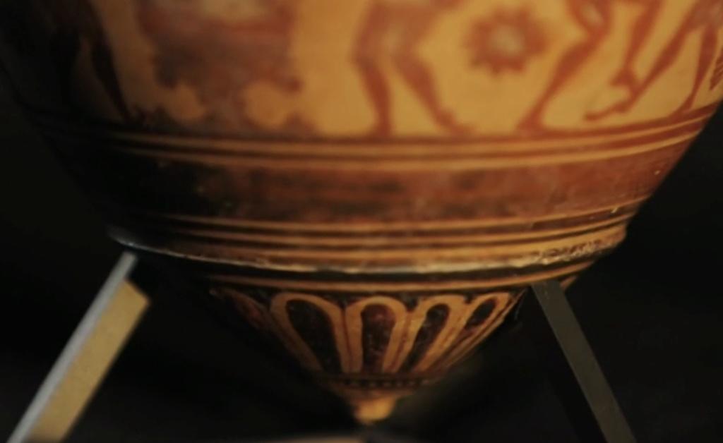Service de Marie-Antoinette pour Rambouillet en porcelaine de Sèvres Captu472