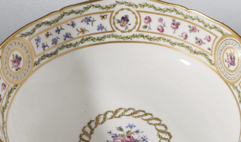 """Le service """"cartels en perles, panneaux en roses et barbeaux'"""" de Marie-Antoinette Captu785"""