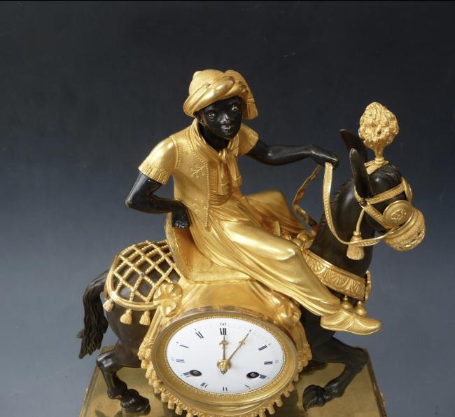 """Les pendules dites """"Au bon sauvage"""" et les créations de Jean-Simon Deverberie : L'Afrique et l'Amérique Captu869"""
