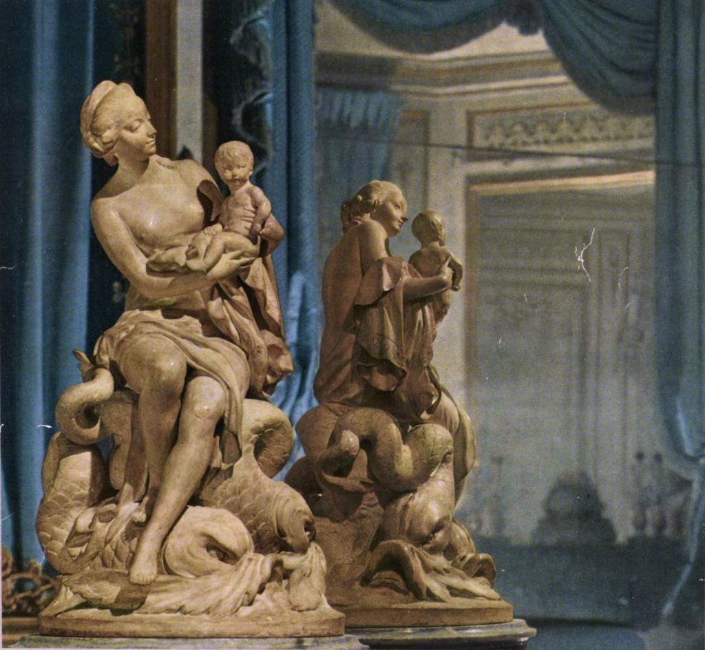 Marie-Antoinette, allégorie de la naissance du dauphin, par et d'après Augustin Pajou Captu908