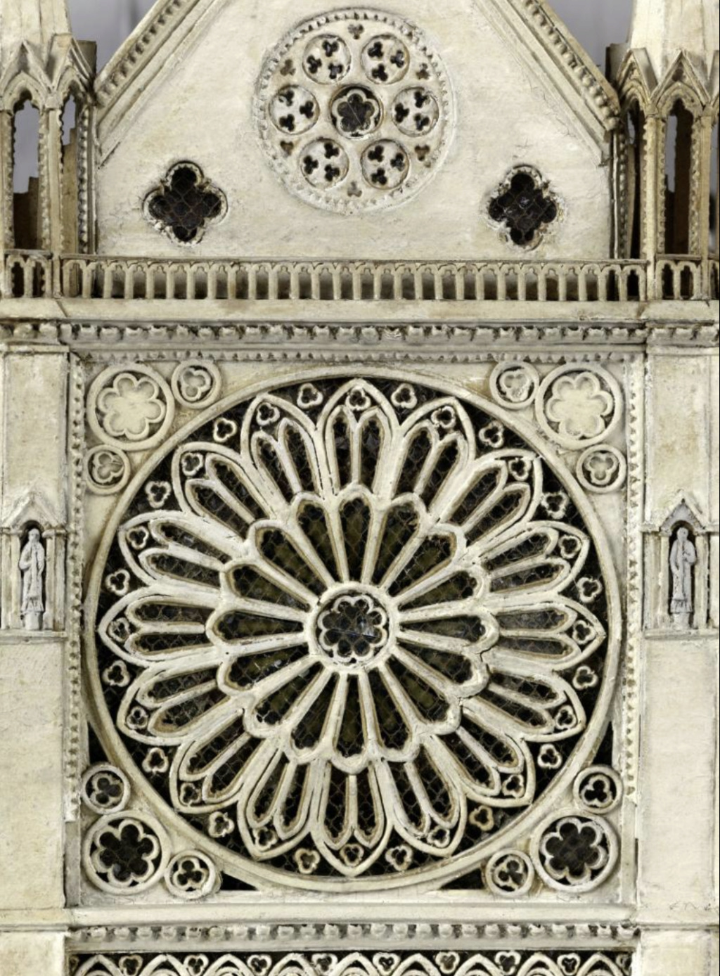 Maquettes historiques de la cathédrale Notre-Dame de Paris Captu917