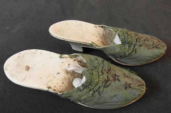 Les souliers et chaussures de Marie-Antoinette  - Page 5 Chauss11