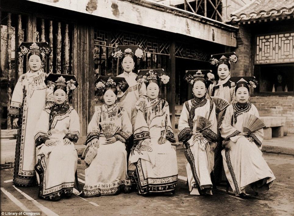 Impératrices, épouses et concubines de l'empereur de Chine (dynastie Qing) dans la Cité Interdite Concub10