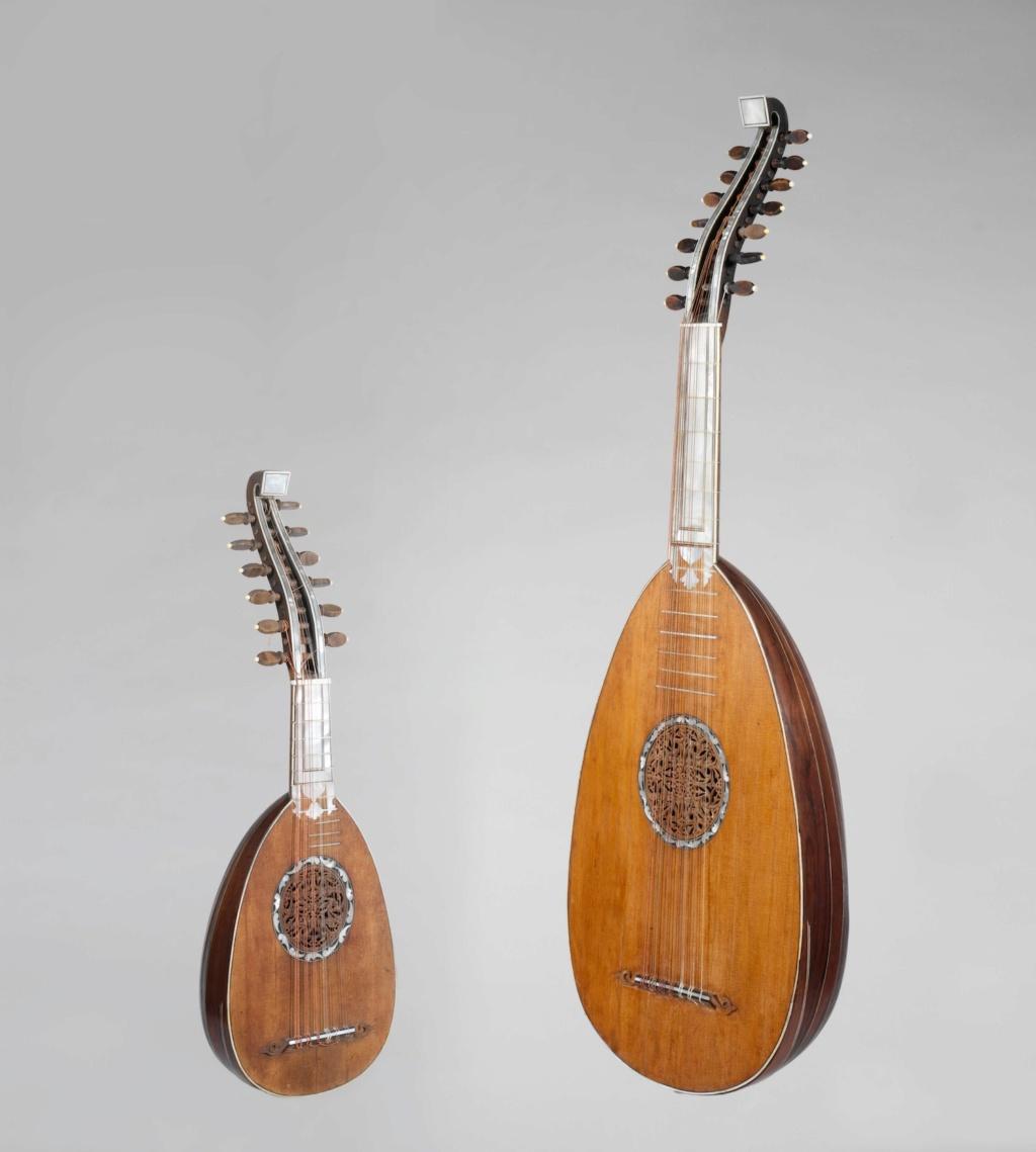 Une guitare-luth (et non pas une mandoline) ayant appartenu à Marie-Antoinette ?  Dp169011