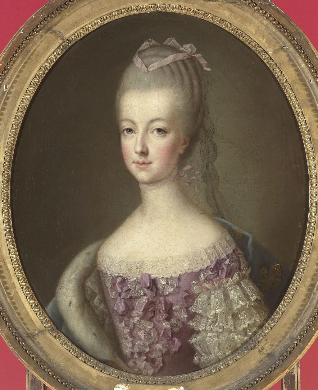 Ducreux - Portrait en buste de Marie-Antoinette, dauphine, par Joseph Ducreux ou d'après Drouais ? Drouai13