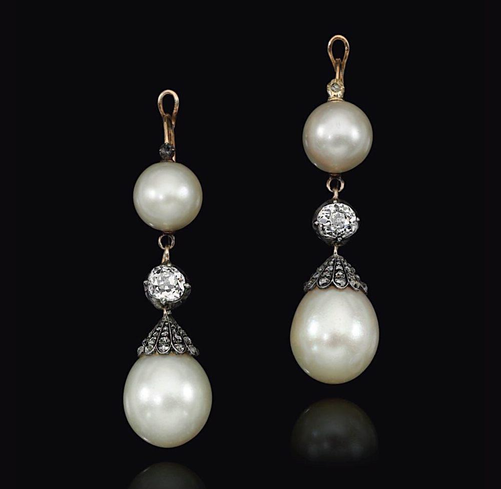 Bijoux de Marie-Antoinette : boucles d'oreilles et girandoles Earrin10