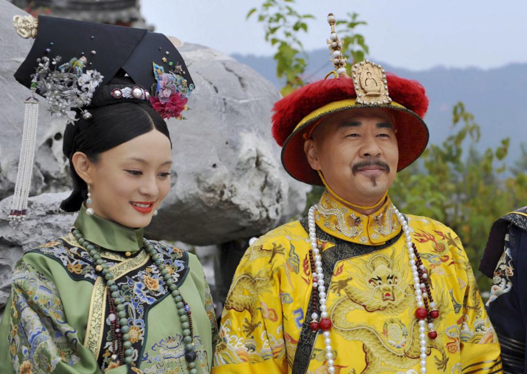 Série : The Legend of Zhen Huan (Empresses in the Palace), les atours de l'aristocratie chinoise au XVIIIe siècle Empero10