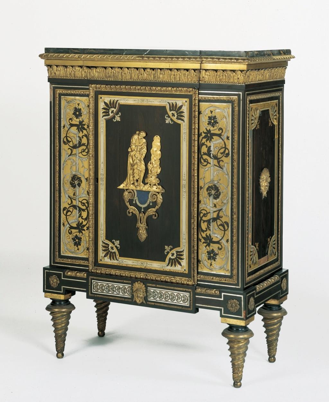 Le mobilier et le renouveau du « style Boulle » dans les années 1770-1780 : Etienne Levasseur et Adam Weisweiler Emuseu43