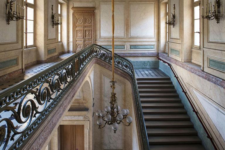 Le Garde Meuble Royal, actuel Hôtel de la Marine, à Paris - Page 3 Escali10