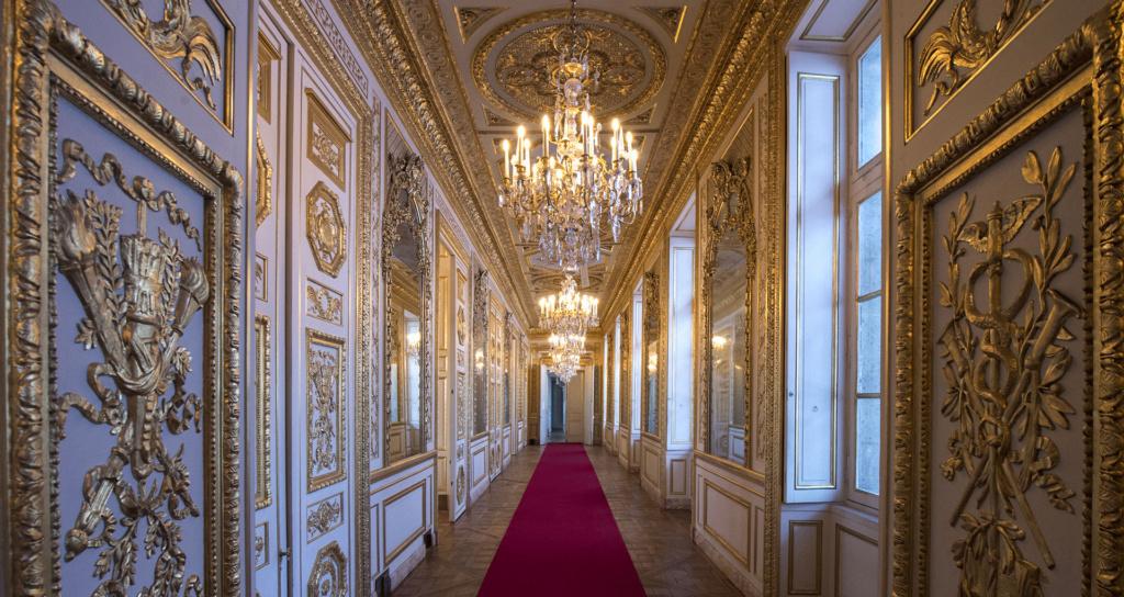 Le Garde Meuble Royal, actuel Hôtel de la Marine, à Paris - Page 3 Galeri10
