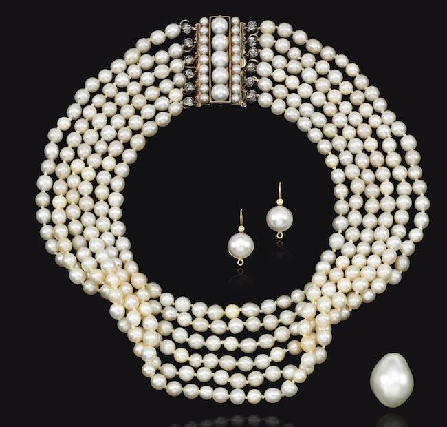 Bijoux de Marie-Antoinette : perles et diamants des Bourbon-Parme - Page 4 Ge180913