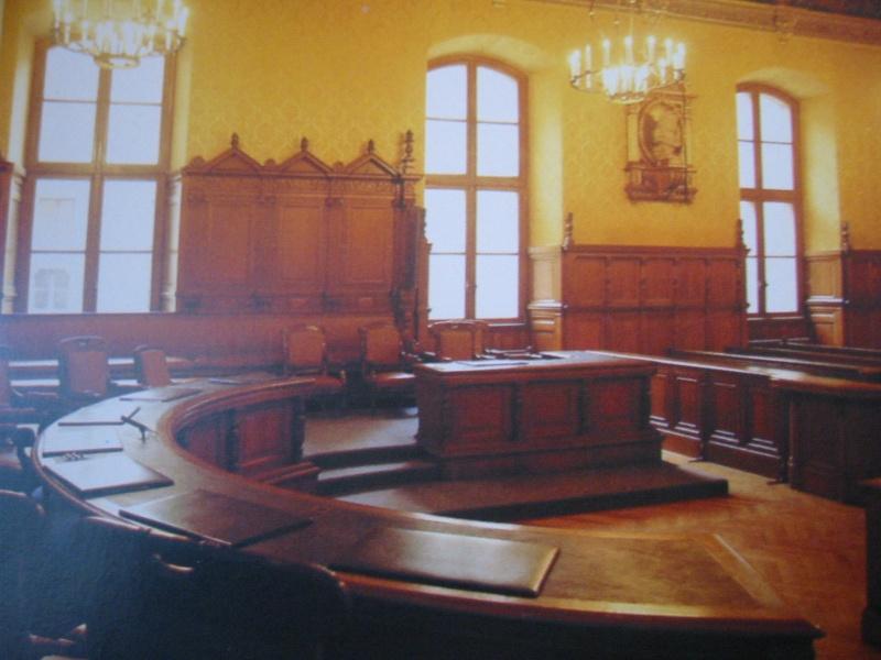 Le palais de Justice de L'île de la Cité, Paris, et la salle du Tribunal révolutionnaire Grand_12