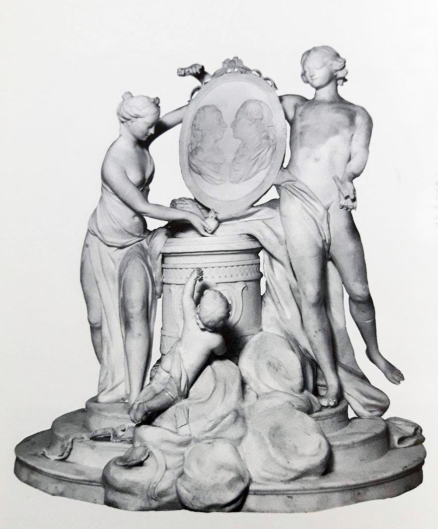 Marie-Antoinette : sujets allégoriques en porcelaine de la Courtine, Manufacture de Locré (Jean-Baptiste) Groupe10