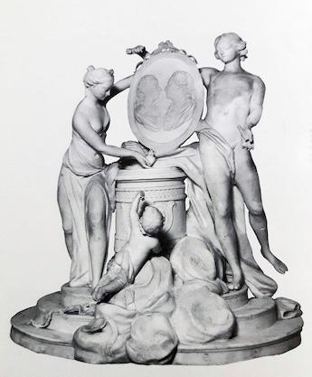Marie-Antoinette : sujets allégoriques en porcelaine de la Courtine, Manufacture de Locré (Jean-Baptiste) Groupe11