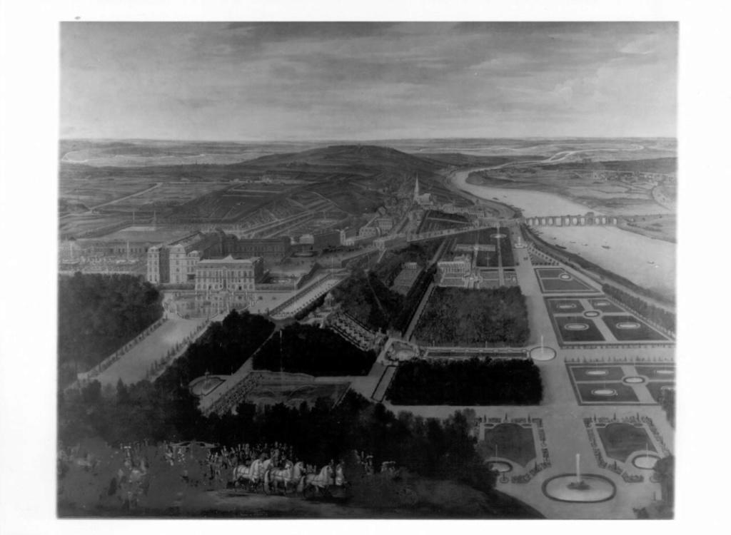 Le château de Saint-Cloud - Page 22 Iccd2247