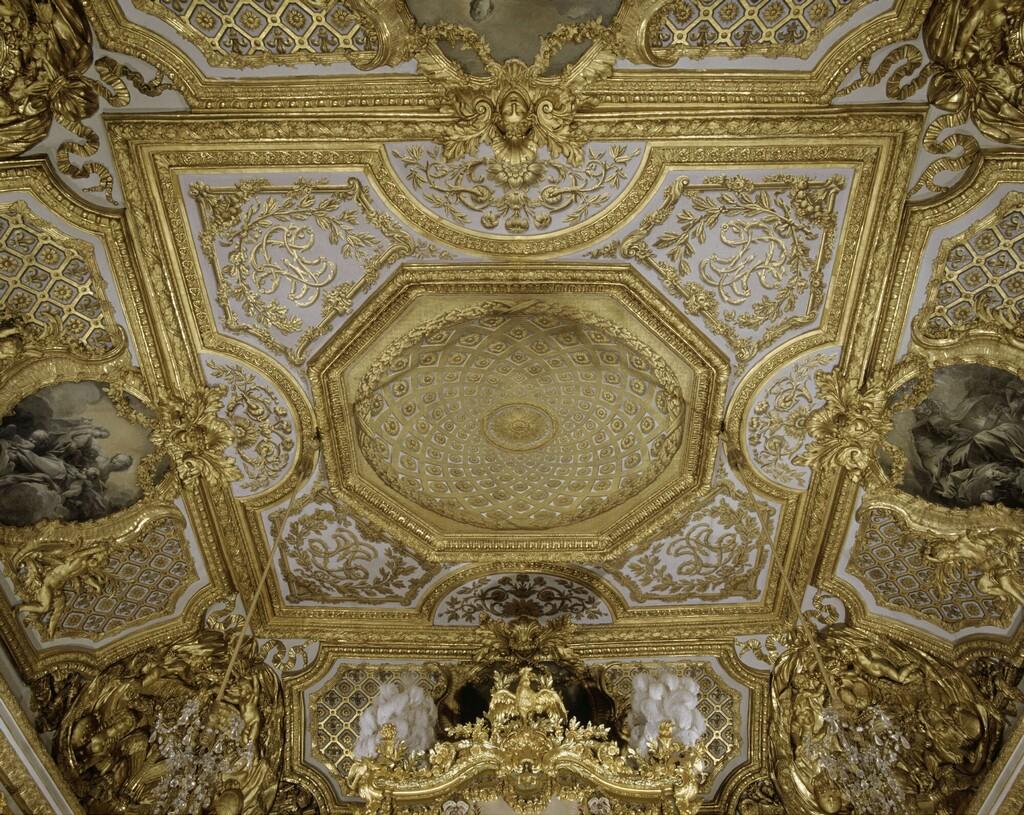 chambre - La chambre de la Reine à Versailles - Page 5 Image239