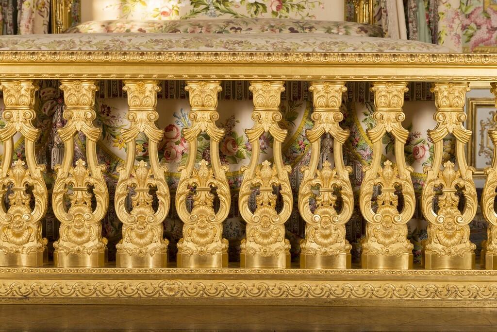 chambre - La chambre de la Reine à Versailles - Page 2 Image270