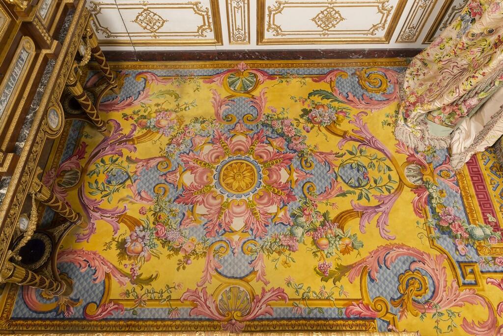 chambre - La chambre de la Reine à Versailles - Page 2 Image272