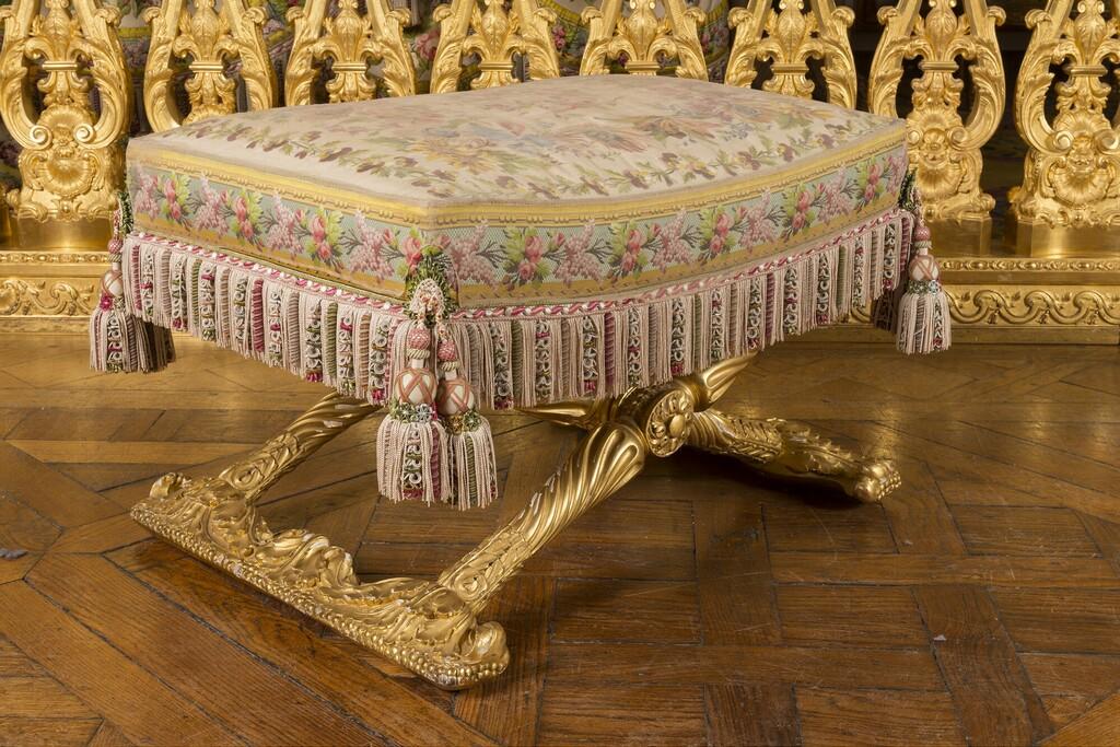 chambre - La chambre de la Reine à Versailles - Page 2 Image273