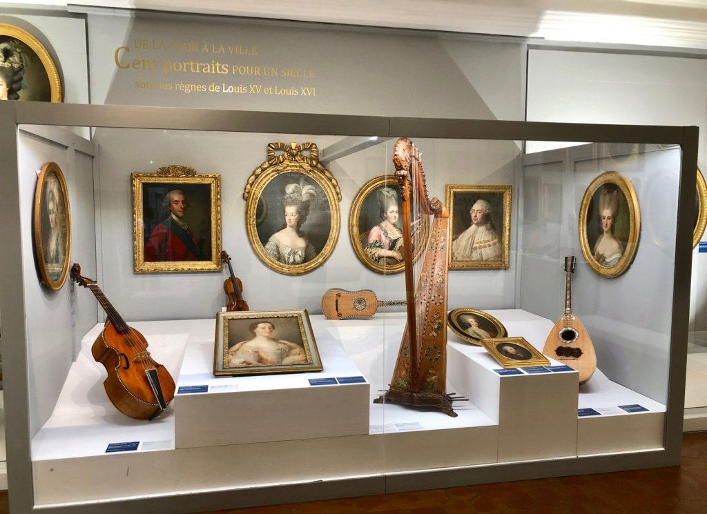 Cent portraits pour un siècle. Exposition au Musée Lambinet (Versailles) et Palais Lascaris (Nice) - Page 2 Img_0413