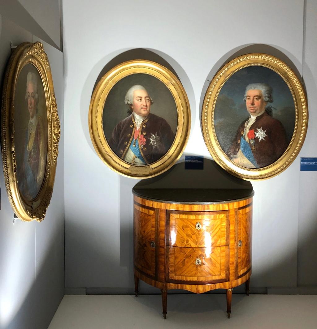 Cent portraits pour un siècle. Exposition au Musée Lambinet (Versailles) et Palais Lascaris (Nice) - Page 2 Img_0418