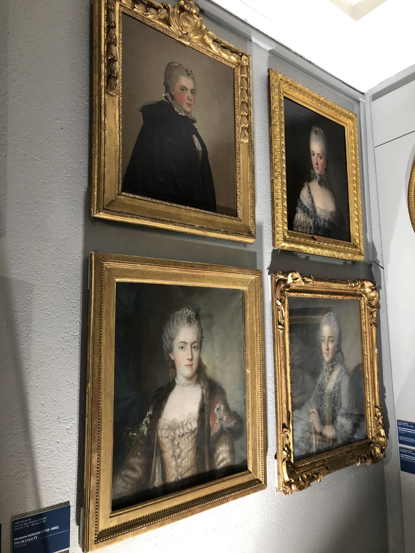 Cent portraits pour un siècle. Exposition au Musée Lambinet (Versailles) et Palais Lascaris (Nice) - Page 2 Img_0432