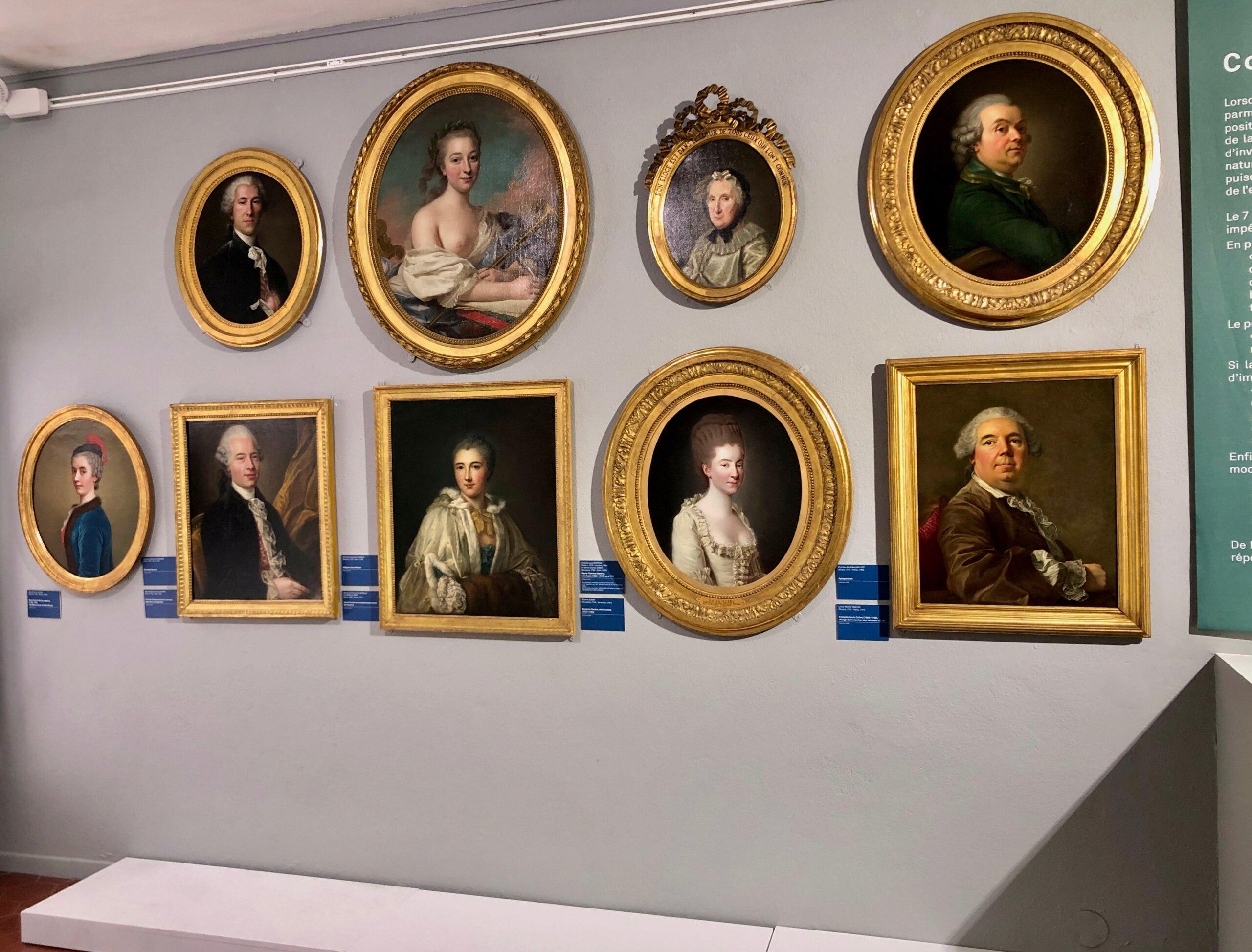 Cent portraits pour un siècle. Exposition au Musée Lambinet (Versailles) et Palais Lascaris (Nice) - Page 2 Img_0434