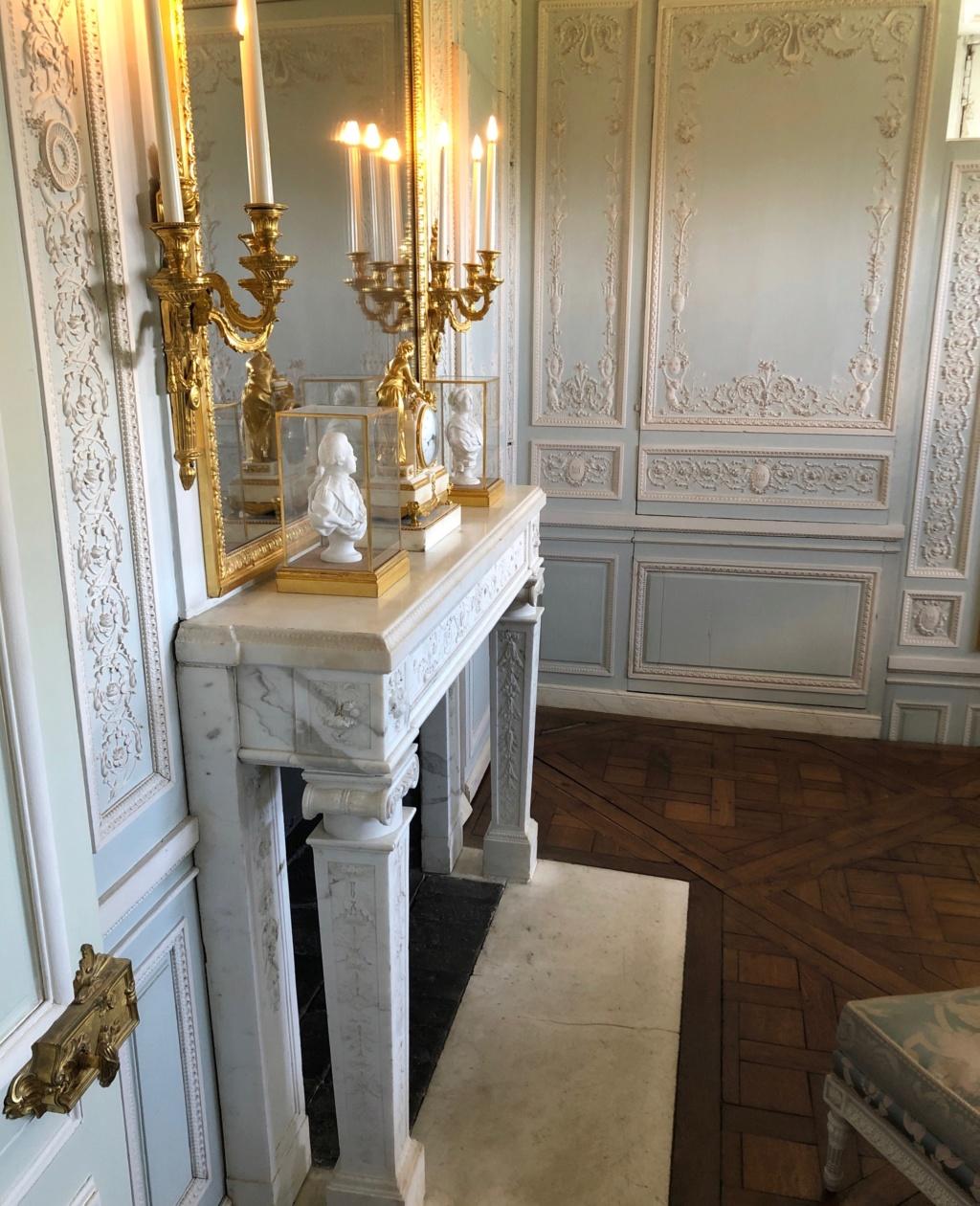 Boudoir ou Cabinet des glaces mouvantes au Petit Trianon Img_4718