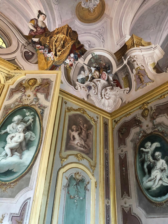 Saint-Hubert, château royal délaissé par Louis XVI Img_5719