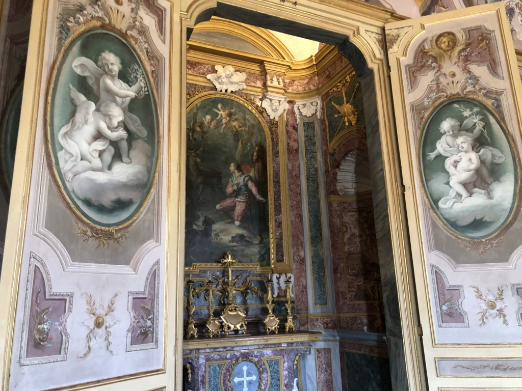 Saint-Hubert, château royal délaissé par Louis XVI Img_5720