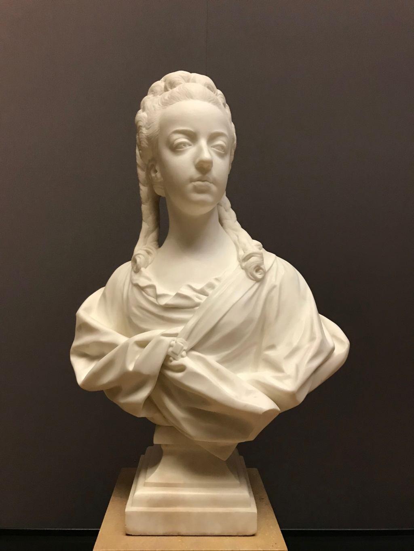 Buste de Marie-Antoinette par Jean-Baptiste Lemoyne Img_9710
