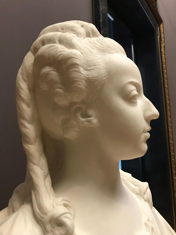 Buste de Marie-Antoinette par Jean-Baptiste Lemoyne Img_9711